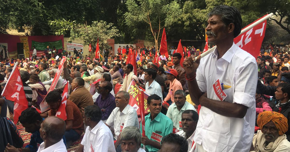 'Jal, jungle, zameen': In Delhi, hundreds of Adivasis demand their legal right to forest land