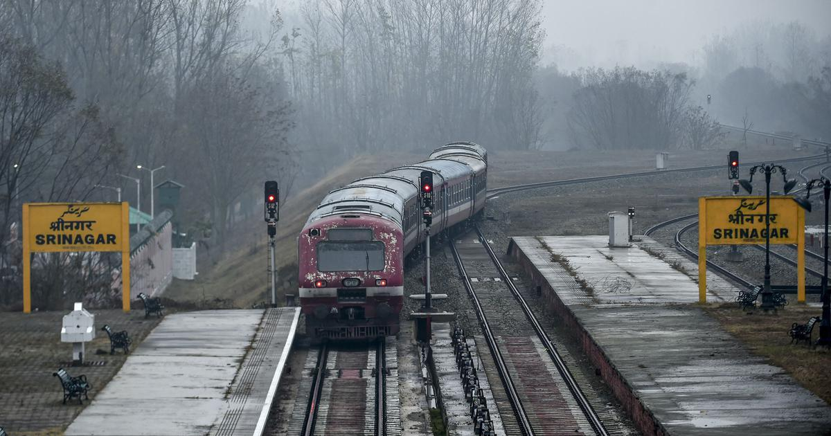 Kashmir: Train services fully restored in Srinagar-Banihal section, says Indian Railways