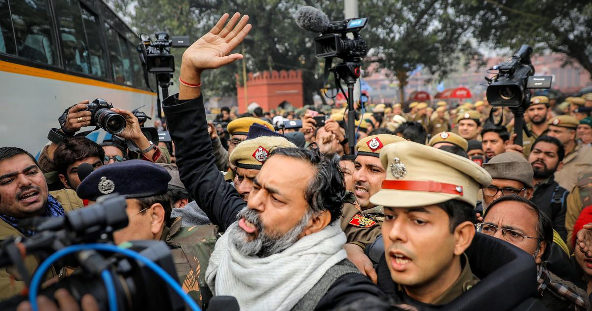 CAA protest in Delhi: Thousands detained on Thursday morning for defying prohibitory orders