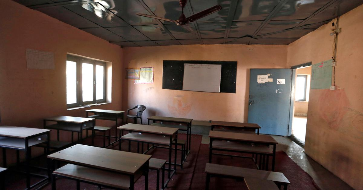 Schools in Kashmir to re-open on Monday, after nearly 7 months