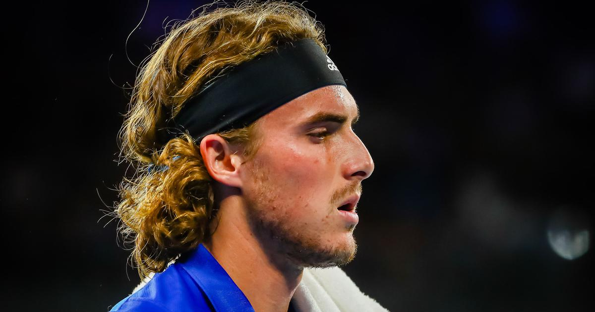 Watch Stefanos Tsitsipas Hurts Father With Racquet Smash During Atp Cup Loss To Nick Kyrgios