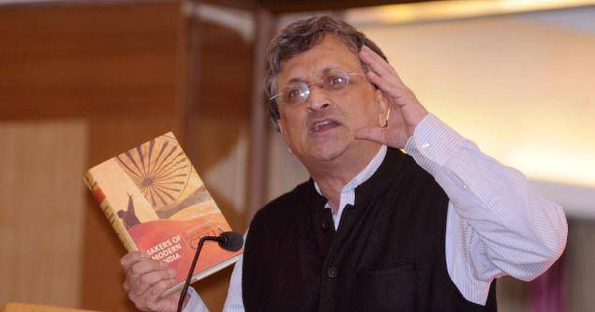 I am implacably opposed to Hindutva,' says Ramachandra Guha after ...