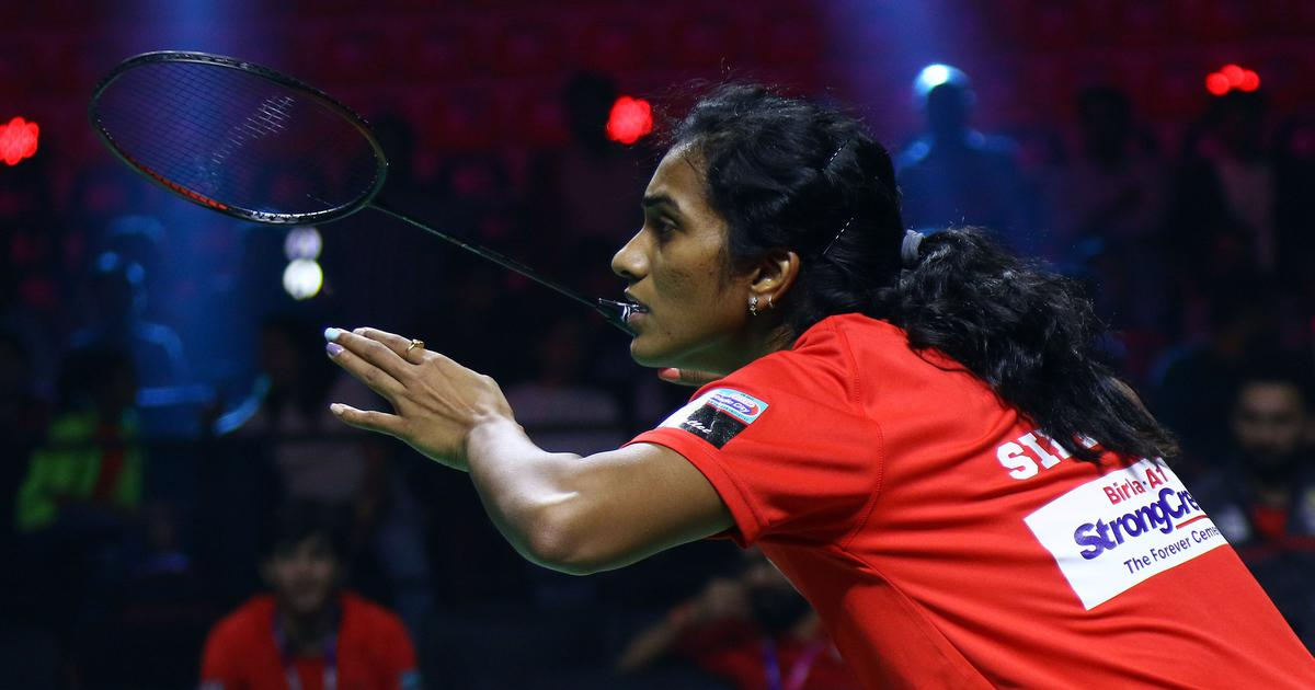 PBL: PV Sindhu suffers shock defeat but Hyderabad Hunters manage to pip North East Warriors 2-1