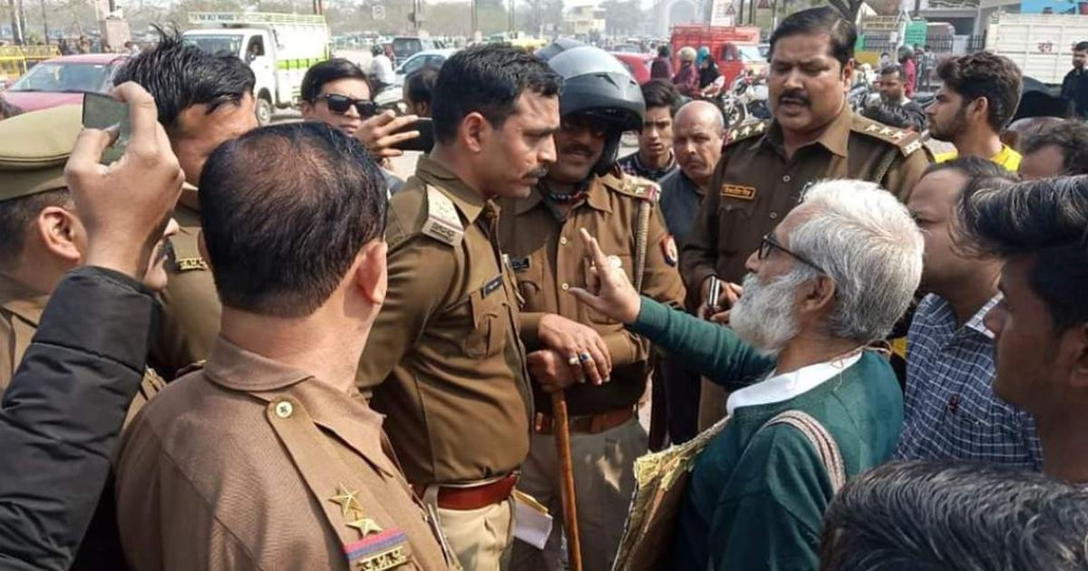 Lucknow: Magsaysay winner Sandeep Pandey arrested while distributing anti-CAA pamphlets
