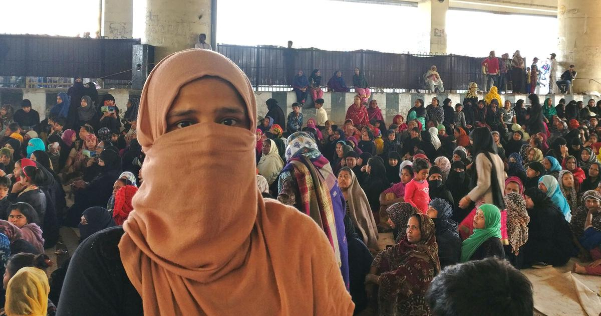 Driven by Delhi violence, anxious Muslims first flock to Jaffrabad road blockade – then clear it