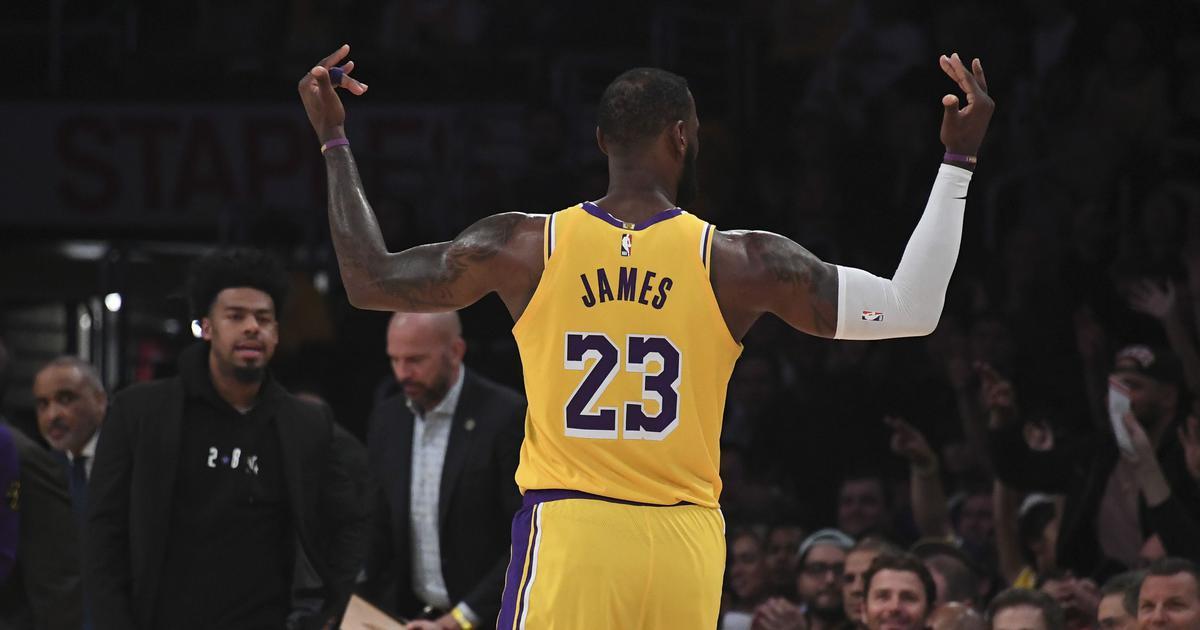 NBA wrap: LeBron outguns Zion as Lakers clip Pelicans; Bucks beat Raptors