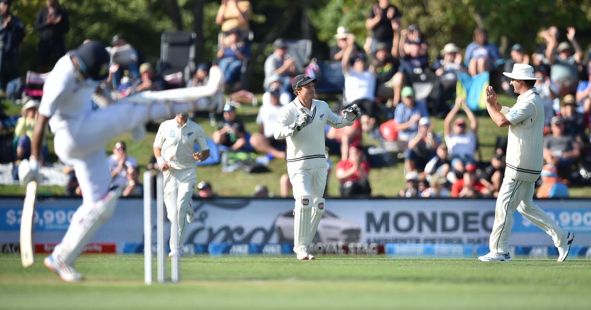 क्राइस्टचर्च टेस्ट : भारत पहले दिन ही 242 रन पर सिमटा