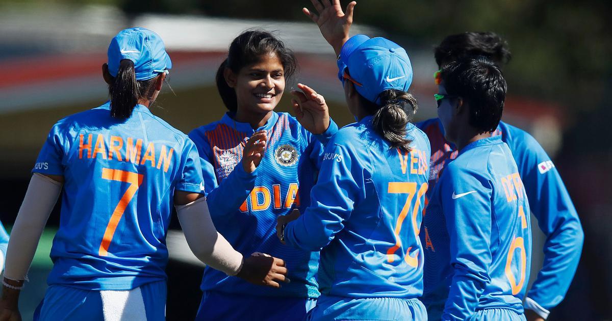 महिला टी20 विश्व कप : भारत की लगातार चौथी जीत, श्रीलंका को सात विकेट से हराया