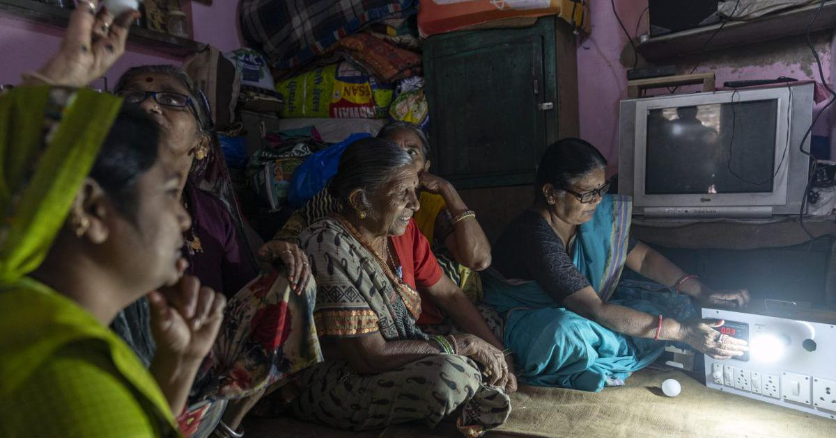 In these Ahmedabad slums, an NGO is helping women make homes energy efficient