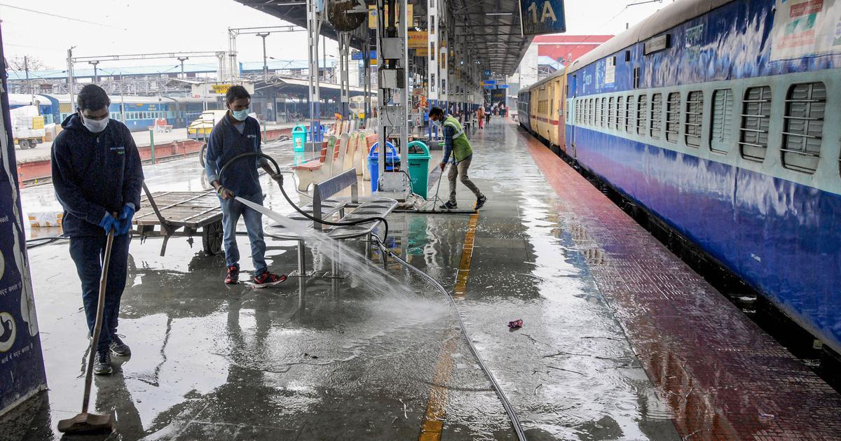 Coronavirus lockdown: Railways, airlines extend suspension of all services till May 3