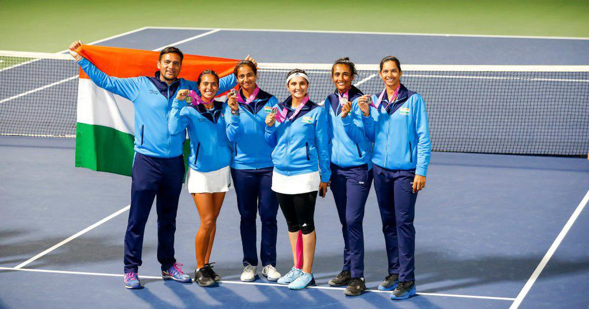 Sania wins Fed Cup Heart Award