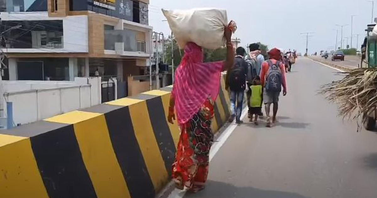 Watch: With no help from administration, migrant workers begin 700-km walk from Lucknow to Bilaspur