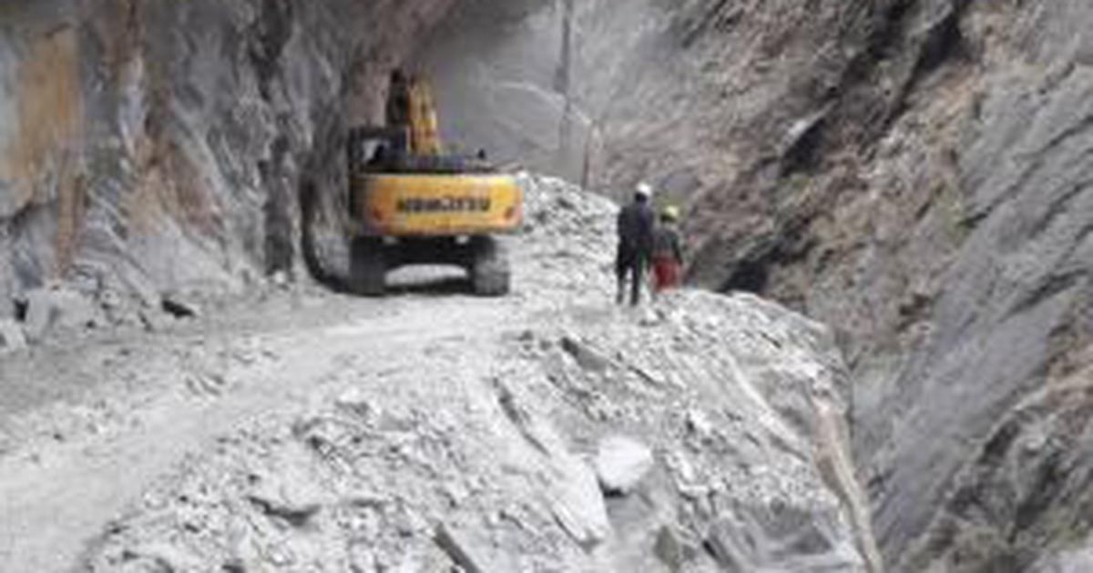 Road along Nepal border falls within Indian territory