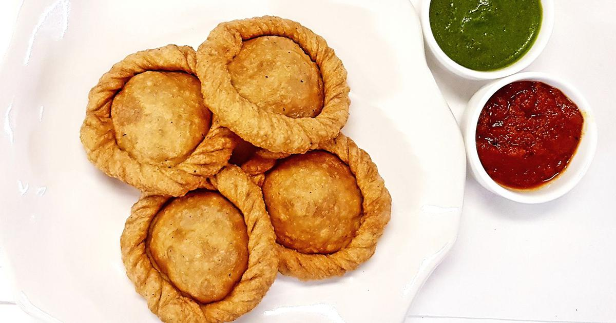 Kheere Ki Kachori And Garlic Chutney