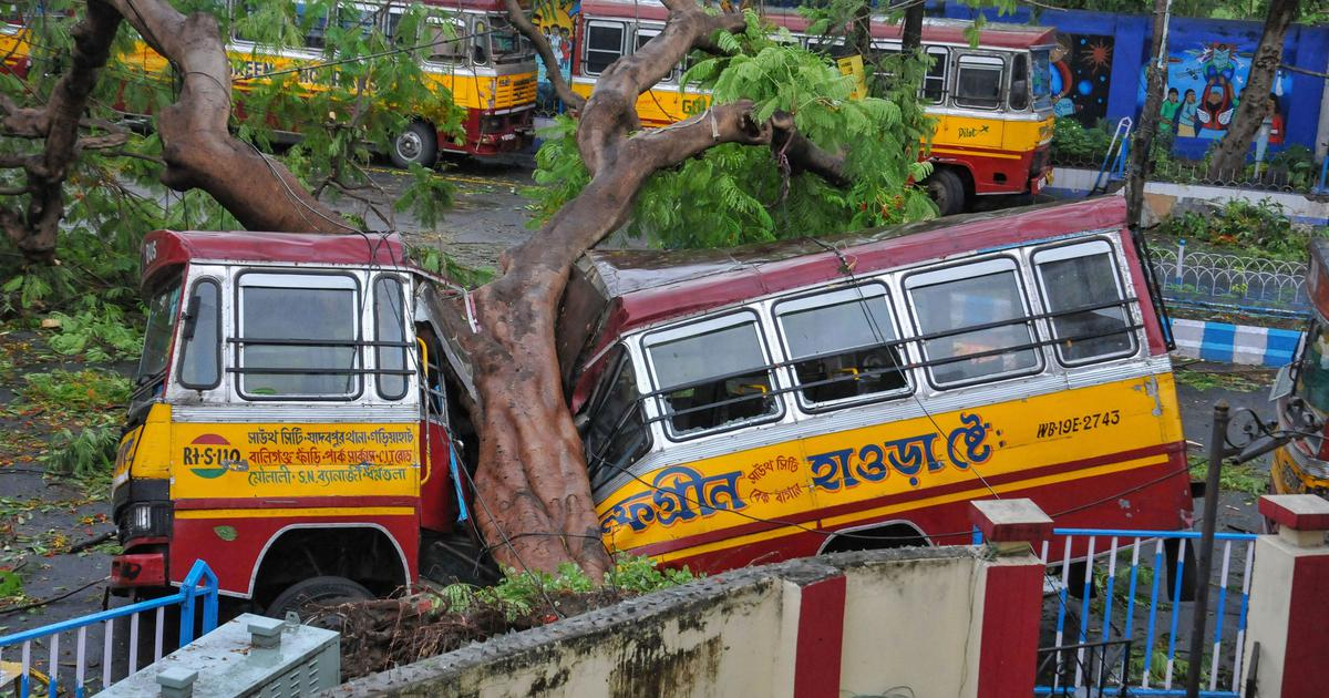 'It looked like the end of the world': Cyclone Amphan breaks Kolkata's will to follow lockdown