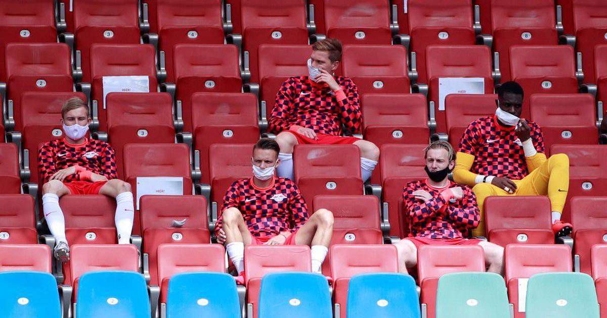 No more face masks for substiutes, media personnel increased as Bundesliga revamps hygiene measures