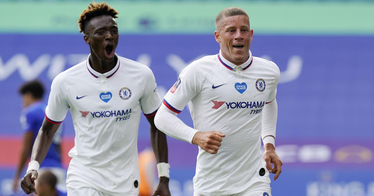 FA Cup: Barkley helps Chelsea edge out Leicester and reach semis, Cebellos scores winner for Arsenal