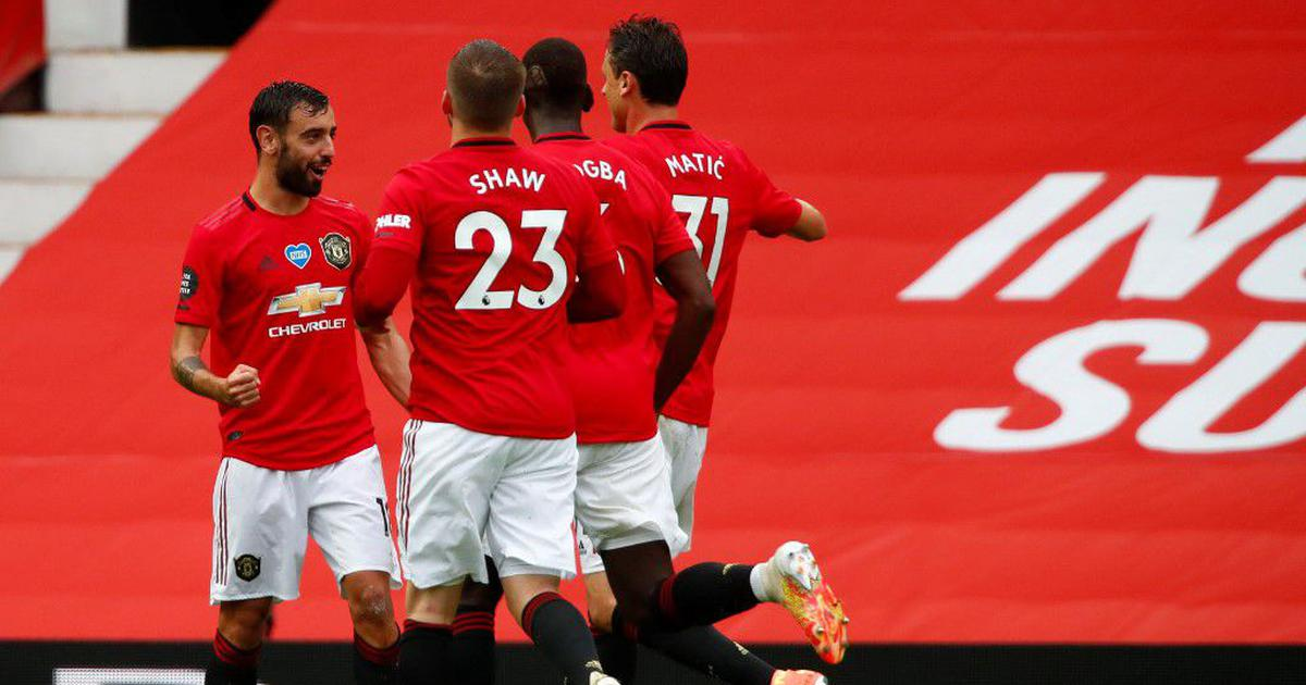 Premier League: Five-star Manchester United rout Bournemouth; Leicester's Vardy scores landmark goal