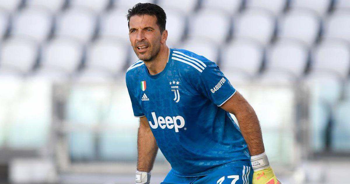 Buffon breaks Maldini's record for Serie A appearances
