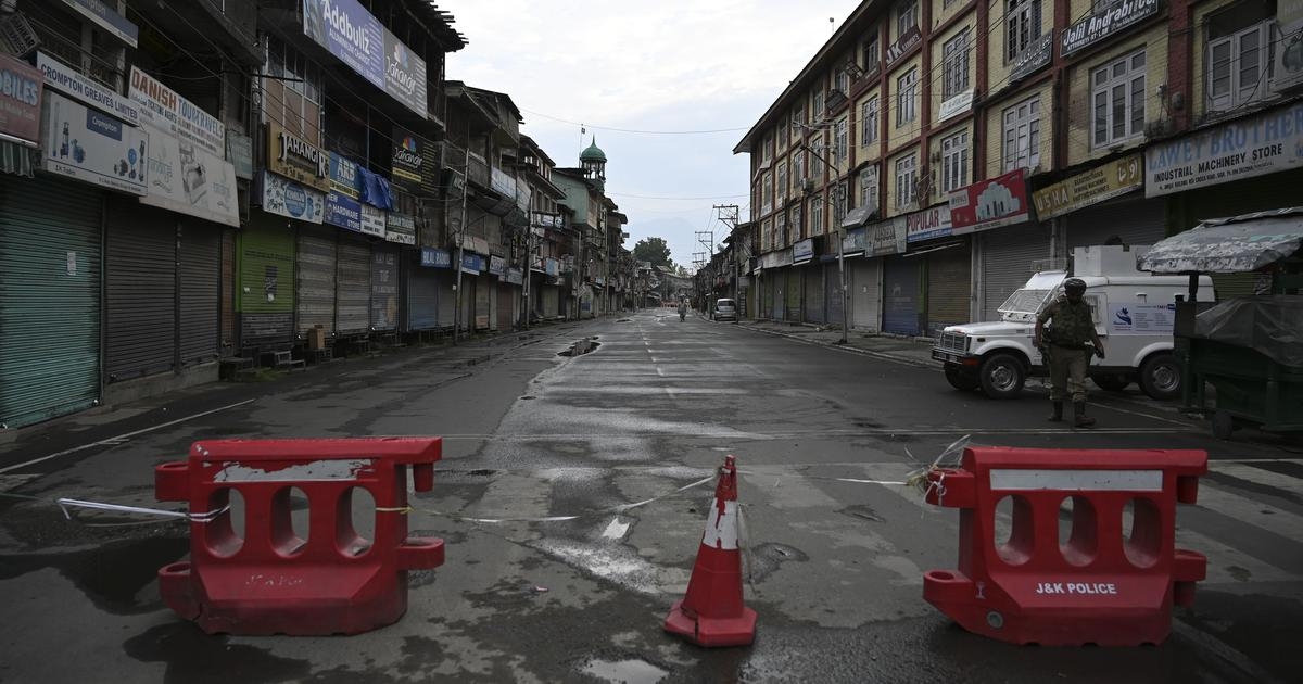 Kashmir: Curfew imposed in Srinagar to curb protests ahead of August 5 anniversary