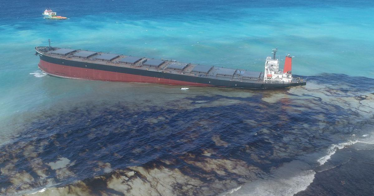 Mauritius oil spill: Anger over government's handling as crisis continues
