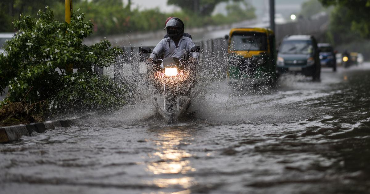 Delhi records heaviest rain of the season, traffic jams, flooding in several areas