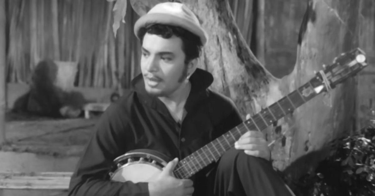 Films that are 50: Uttam Kumar is at the top of his game as a folk singer in 'Antony Firingee'
