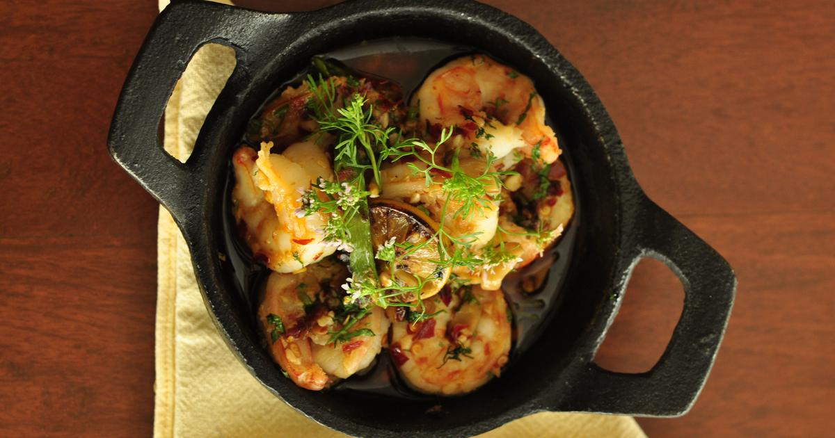 Portuguese Spicy Garlic Prawns