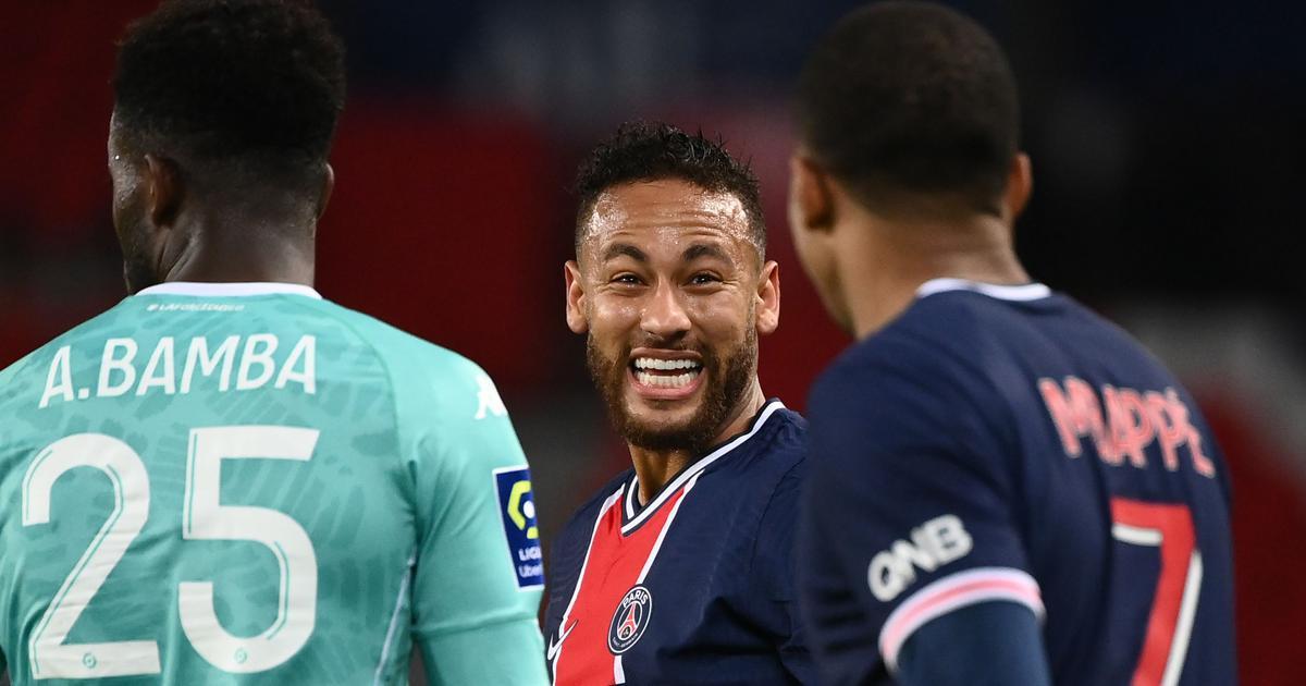 Ligue 1: Neymar's brace helps PSG thrash Angers, build momentum after poor start to season