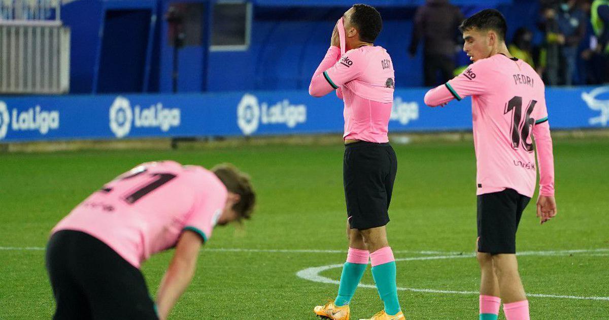 European football talking points: Barca's worst La Liga start in nearly two decades, Zlatan on fire
