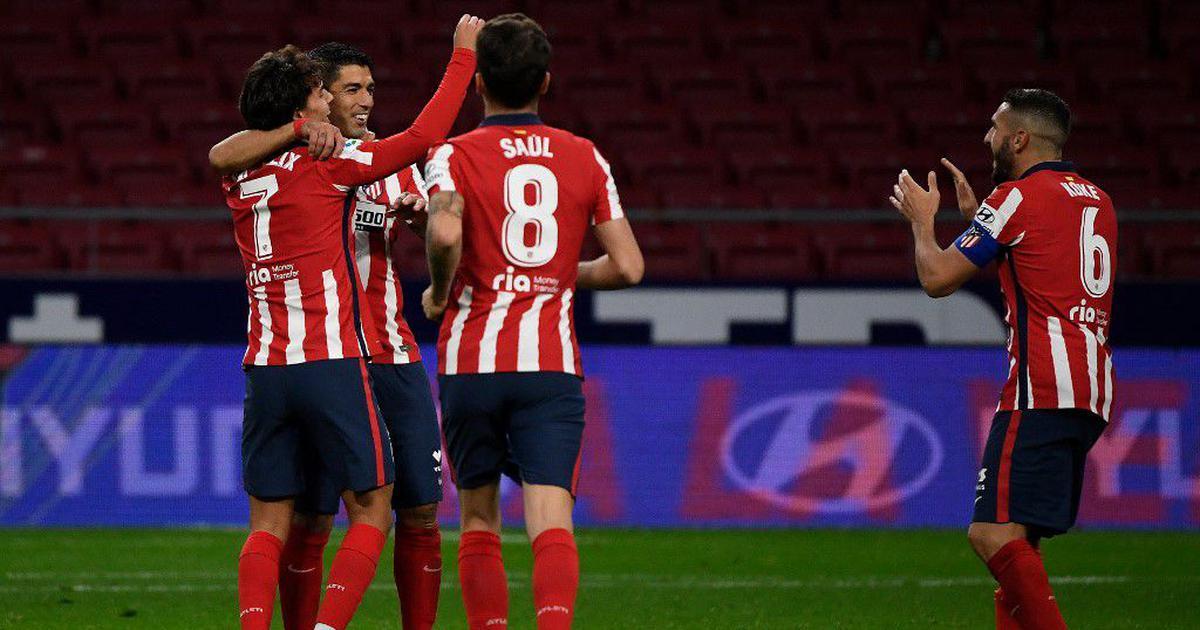 La Liga wrap: Suarez on target to take Atletico Madrid top of table, Messi rescues Barcelona