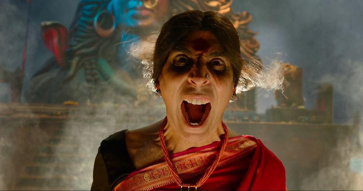 'Laxmii' review: In 'Kanchana' remake, Akshay Kumar wages war in a sari