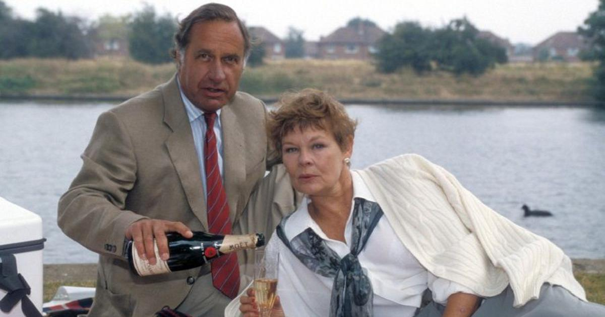 Flashback: In 'As Time Goes By', Geoffrey Palmer and Judi Dench make a droll and deadly pair