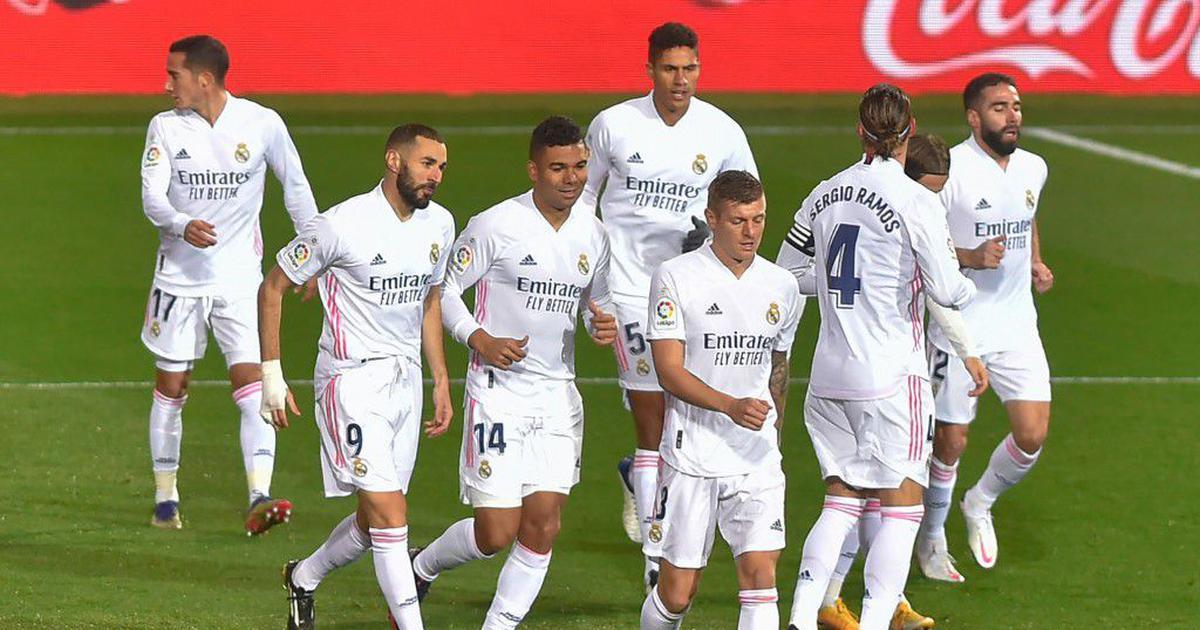 La Liga wrap: Zidane praises phenomenal Benzema as Real Madrid move level with Atletico at the top