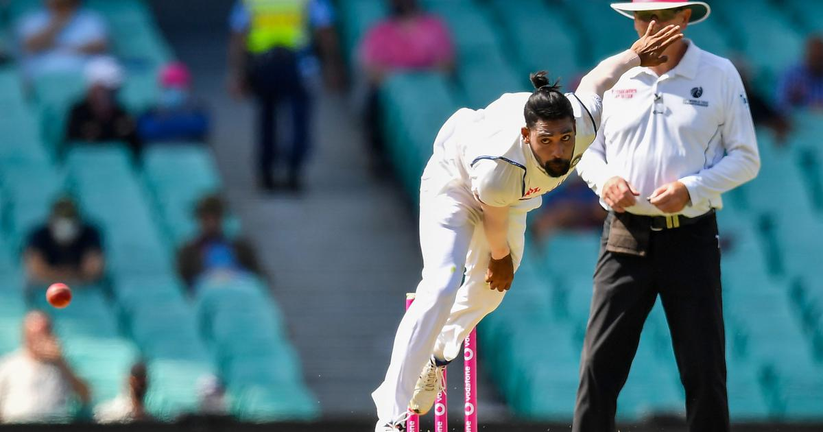 Australia looks to add runs and set India target to chase