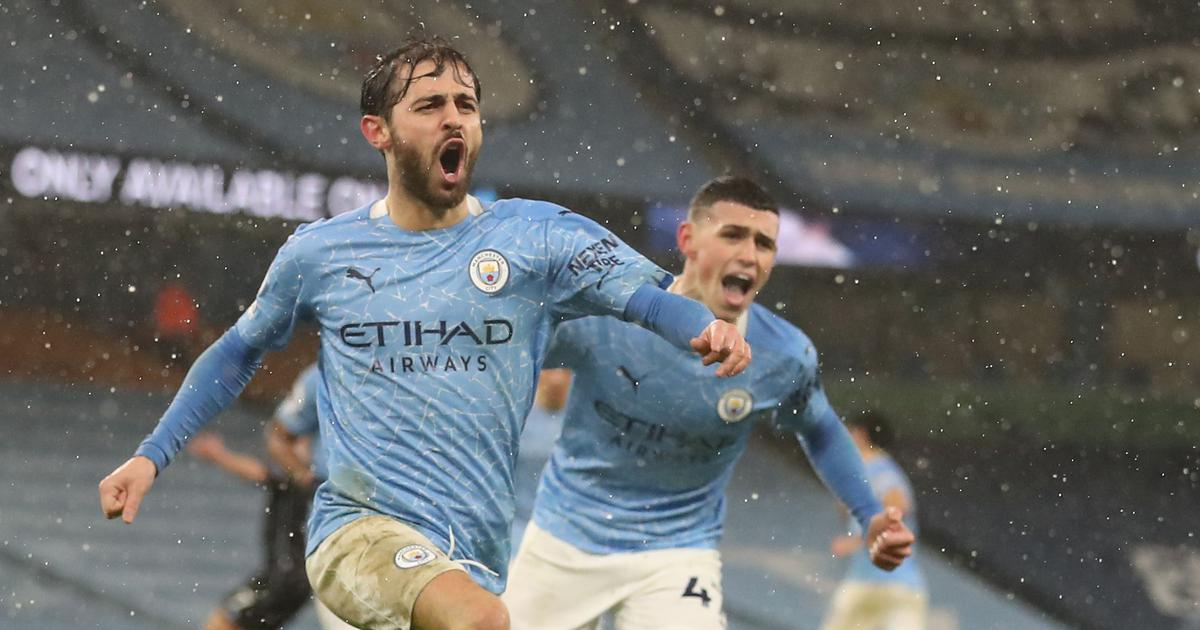 Premier League: Villa boss Smith angry after Silva's controversial late goal inspires City to win