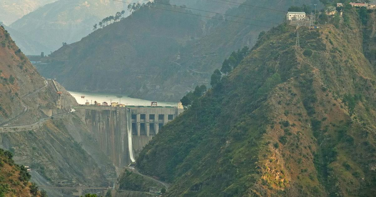In Jammu and Kashmir, a hydropower project will claim more than 2 lakh trees