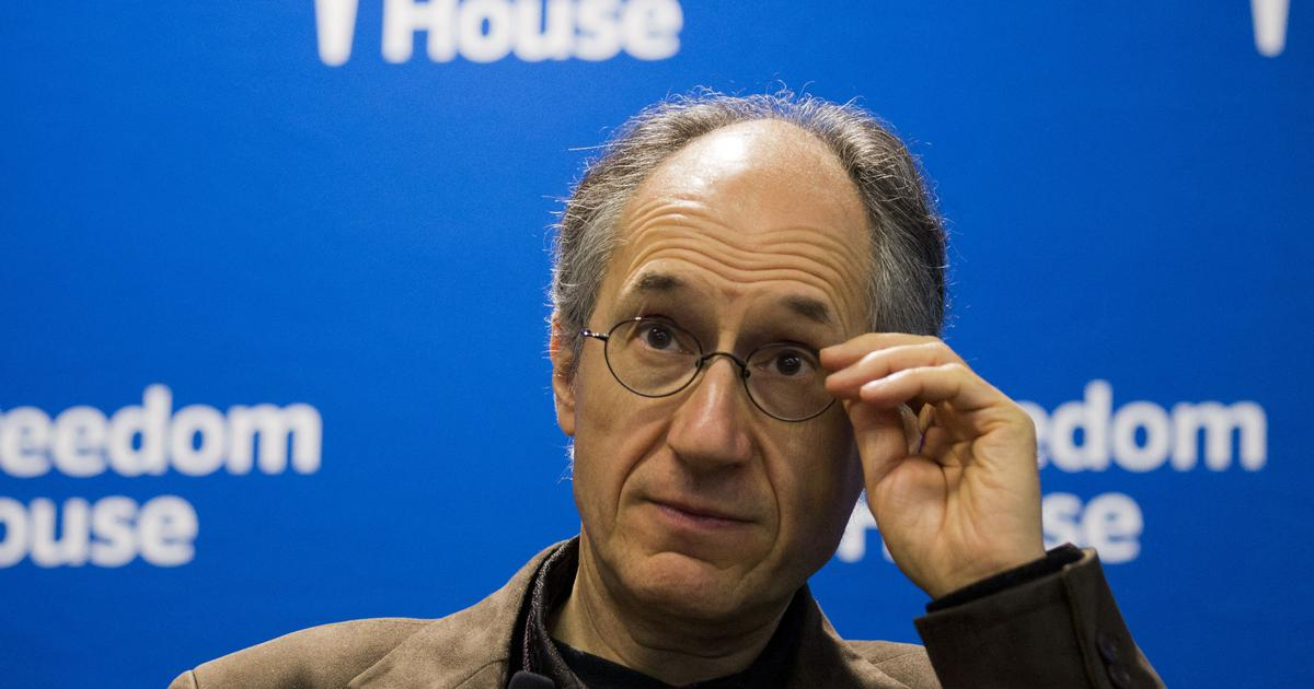 Interview: 'Charlie Hebdo' editor on the growing threat to journalism and democracy