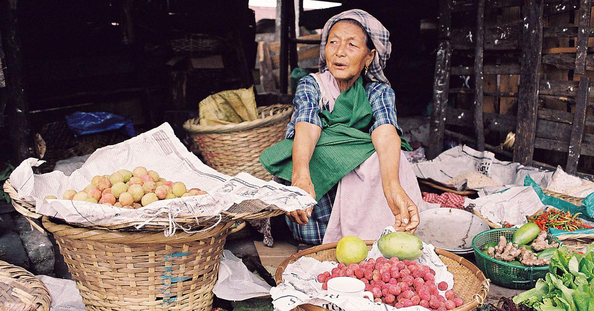 This memoir blends together recipes with sweet and sour memories of Shillong