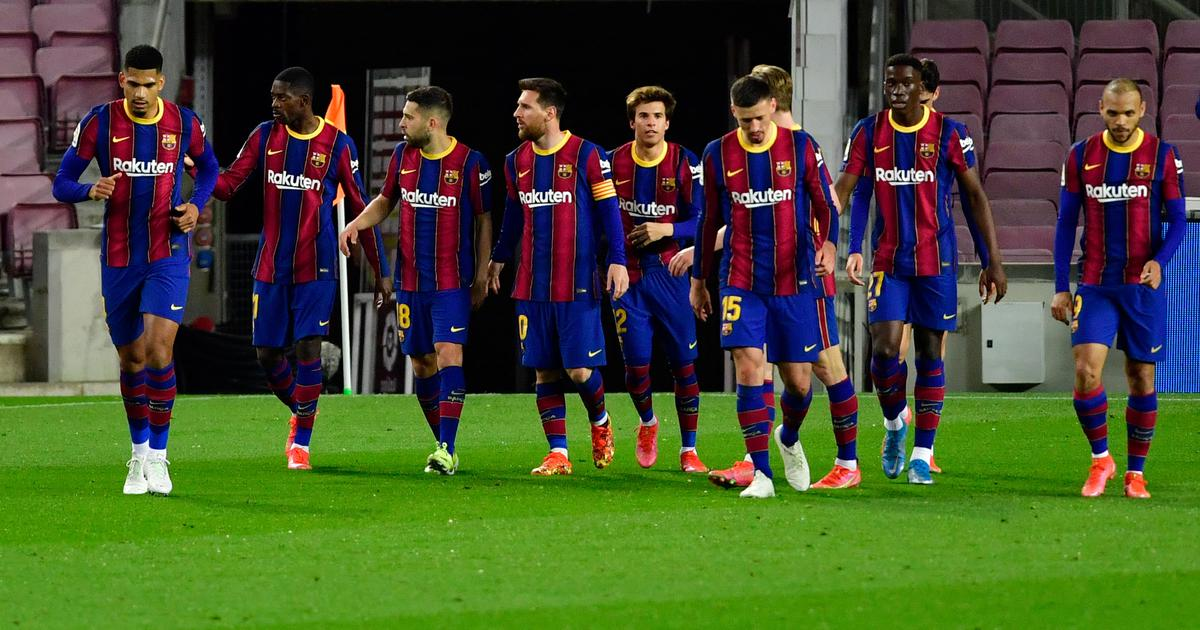 Barcelona close in on leaders Atletico after Dembele's 90th-minute winner against Valladolid