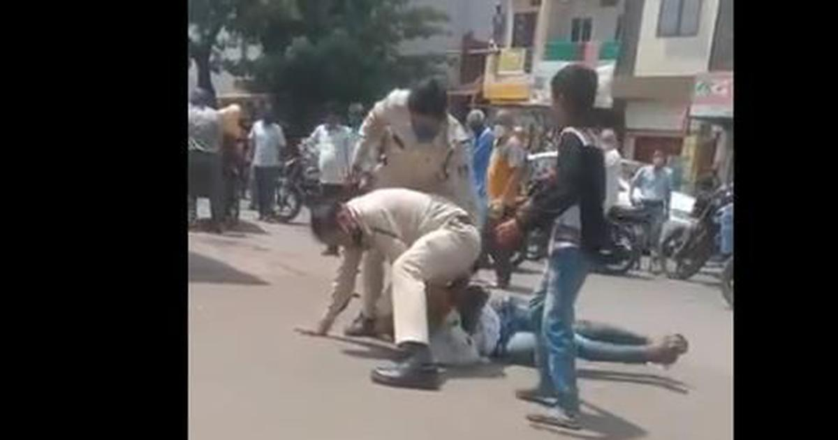 Coronavirus: Driver beaten up for not wearing mask properly in Indore, two constables suspended