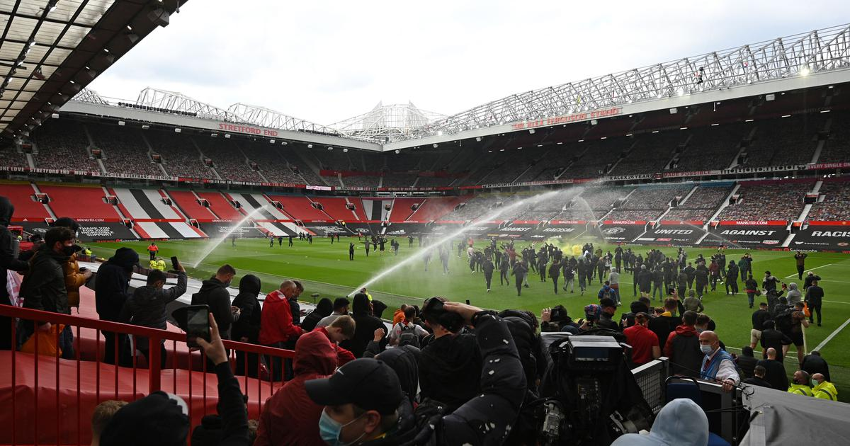 Premier League: Manchester United-Liverpool match postponed after fans' Old Trafford invasion