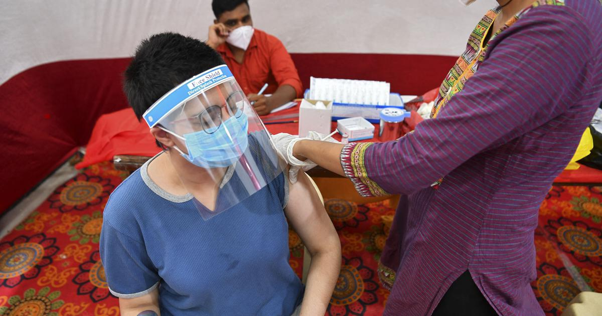 Coronavirus: Private hospitals cannot tie up with hotels to offer vaccination packages, says Centre