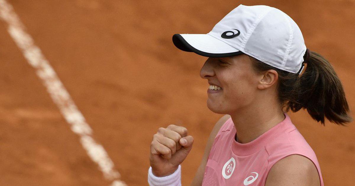 Tennis: Swiatek crushes Pliskova 6-0, 6-0 to win Italian Open
