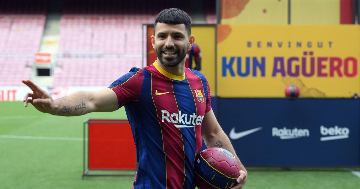 It'll be a pleasure to play together: New Barcelona signing Aguero hopes Messi stays at Camp Nou