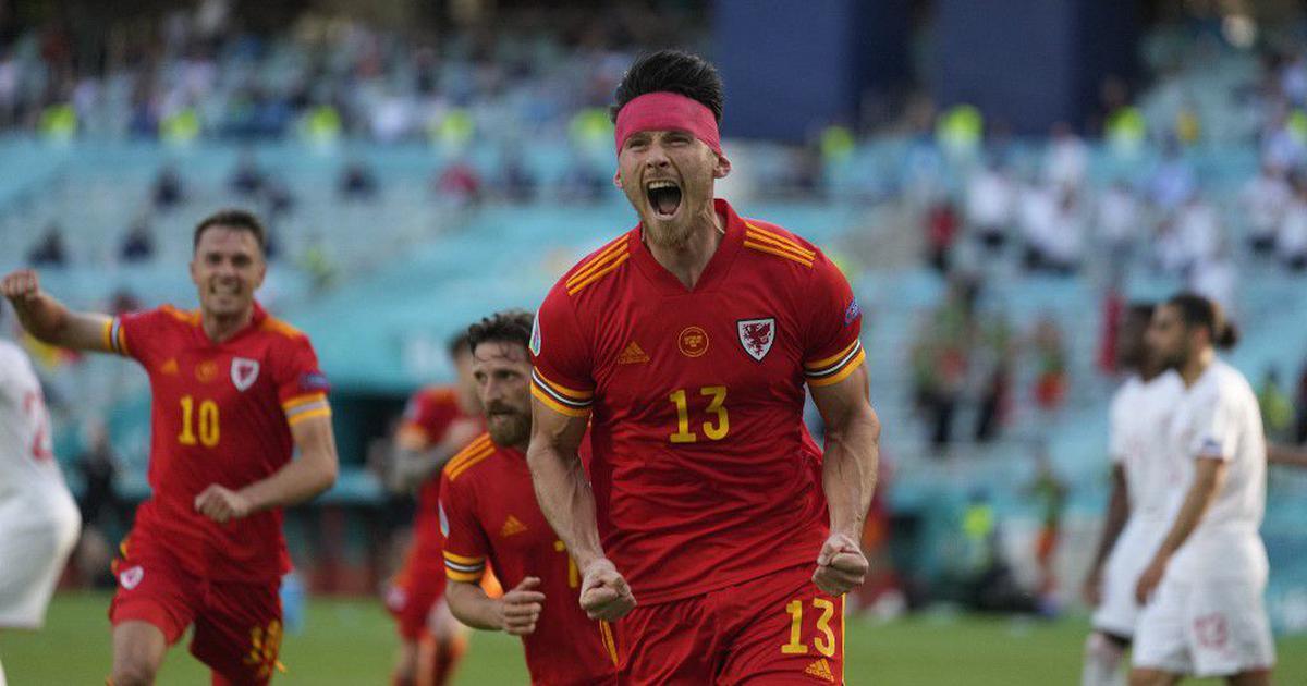 Euro 2020: Kieffer Moore grabs point for Wales in opener against Switzerland