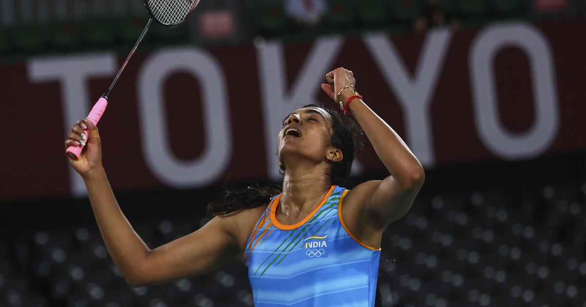 One of India's greatest athletes: Reactions to PV Sindhu's badminton bronze medal at Tokyo 2020