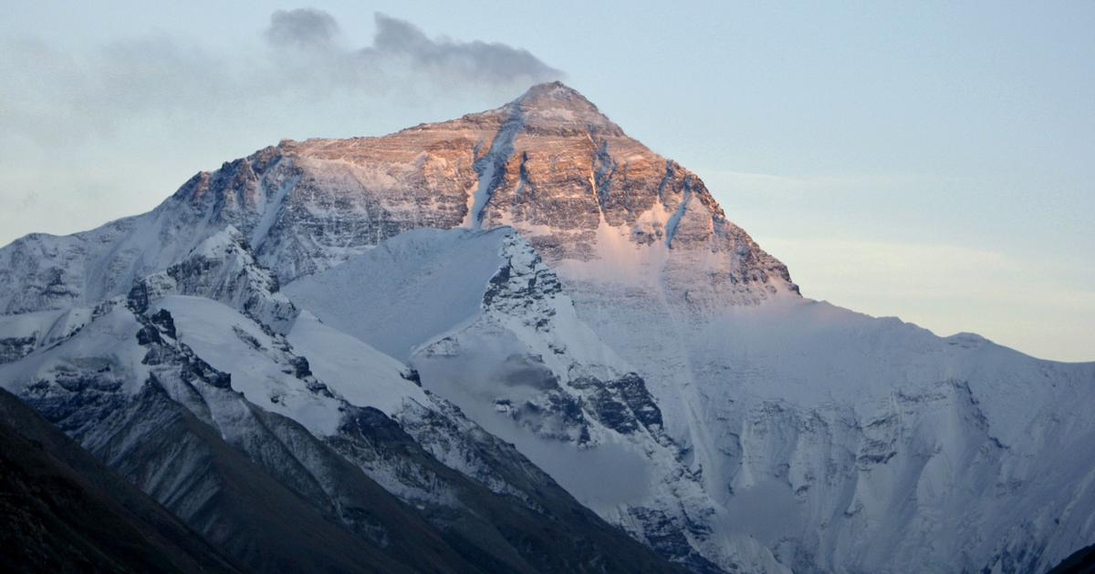 Dust from the Arabian Desert is melting Himalayan glaciers and affecting the seas