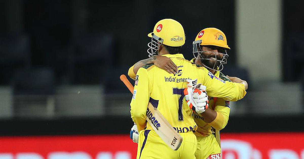 The king is back: Reactions as CSK and Dhoni make it to yet another IPL final in vintage style