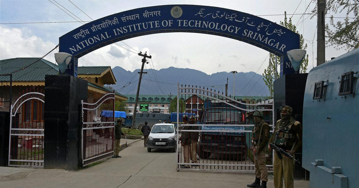 NIT Srinagar students start to leave Kashmir Valley, official says no order issued to close college